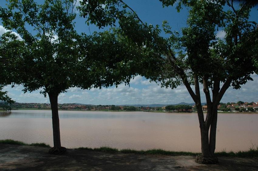 Aberta licitação para obras no entorno da Lagoa do Interlagos